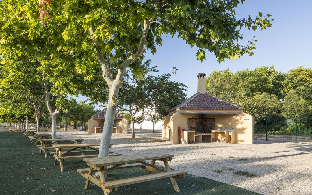 Ejecución de paelleros públicos en Massanassa (Valencia)