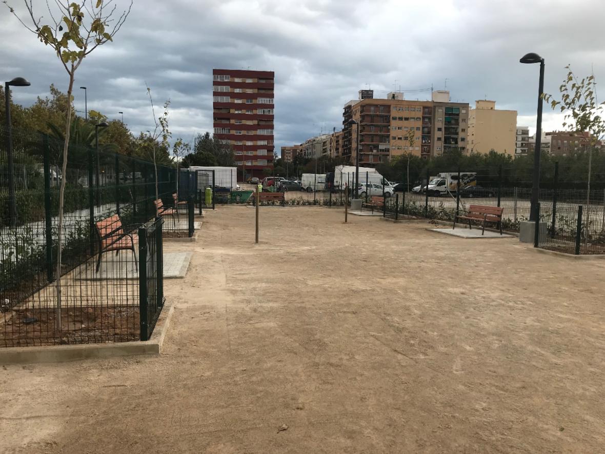Construcción Parque de socialización canina