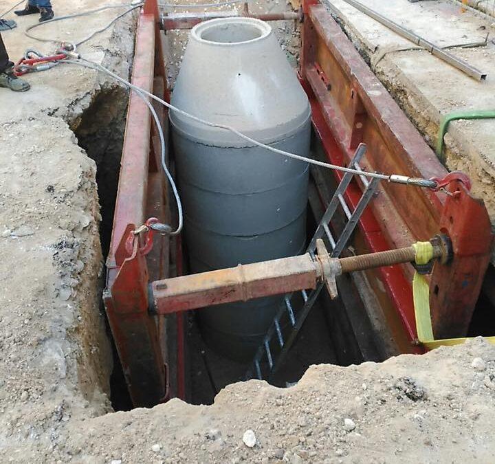 Mejora de la red de saneamiento calle Tossal  en Alcoy
